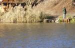 Озеро в Голосеево. Рыбачка.