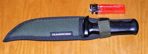 Нож Tramonita. Нож в ножнах.