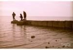 Таганрог. На волнорезе, пляж Приморского парка.