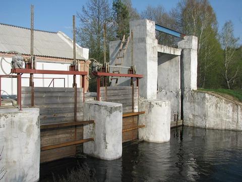 Плотина Повчанской ГЭС. 2012 год.