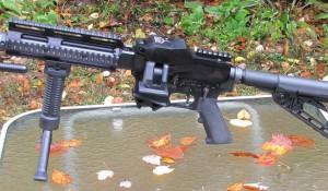<b>Обзор «аппера» FM-9, превращающий M16/M4 в пулемет</b>