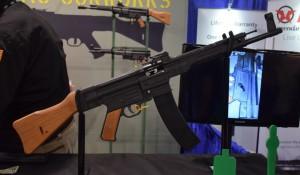 <b>Американцы выпустили современную версию Sturmgewehr 44</b>